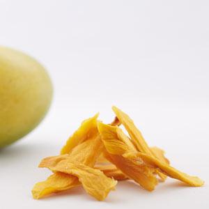 Maulbeerblätter Ernte für Teegewinnung